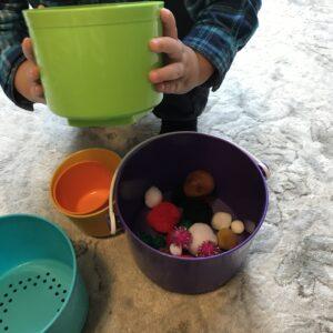 Pom pom sorting toddler pom pom activity fund other activities easy toddler activity cheap toddler activity Busy toddler